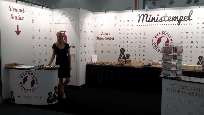Messehostess Paperworld Frankfurt