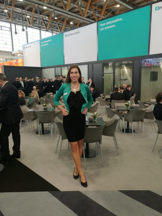 Chefhostess SPS IPC Drives Nürnberg
