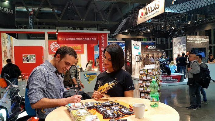 Promotionhostess EICMA Mailand