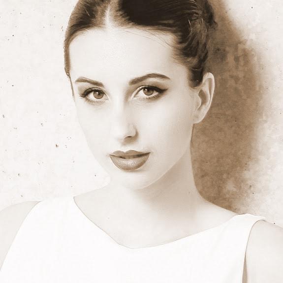 Lara #5654